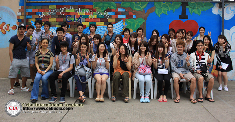 Chào đón học viên Việt Nam đầu tiên năm 2015