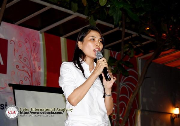 Học viên Việt Nam  - Hoàng Yến