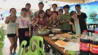Tổ chức nấu ăn dành cho các học viên Việt Nam